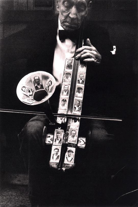 London street musician, 1979