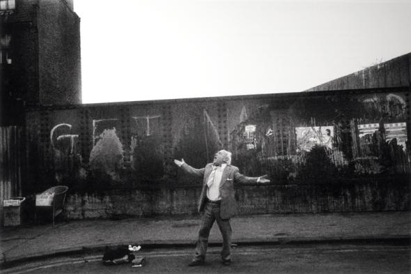 Street singer, Spitalfields, 1982