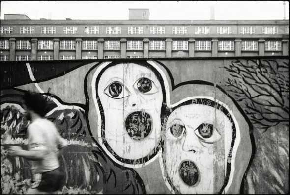 Public art on a hoarding opposite the National Theatre, South Bank, 1982. © David Secombe.